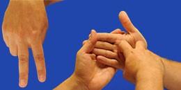 Letra N en sistema dactilológico táctil